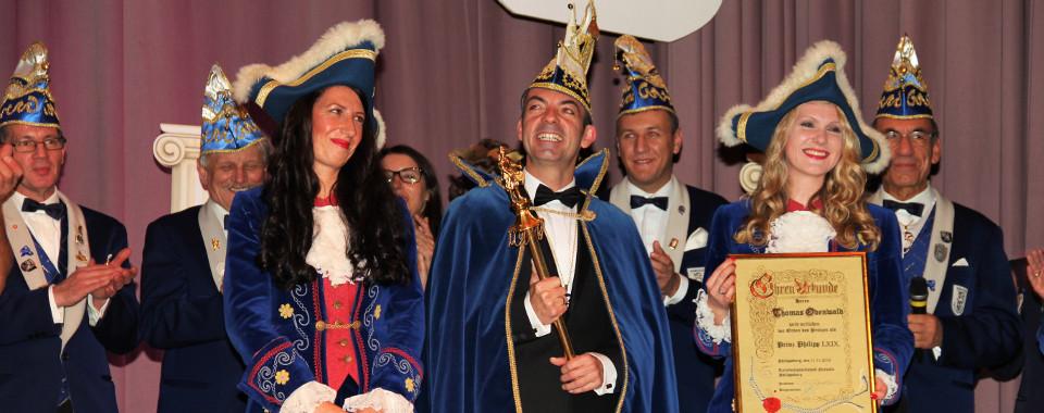 Prinz Philipp LXIX Thomas Odenwald und seine beiden Pagen Marietta Odenwald und Melanie Zieger