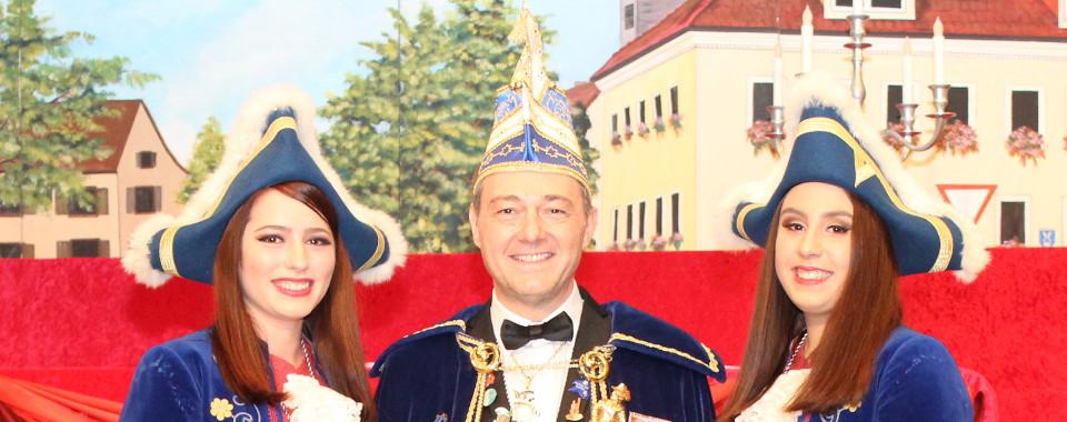 Prinz Philipp LXX - Volker Ceh mit seinen Pagen Rebekka Weis und Jule Baumann
